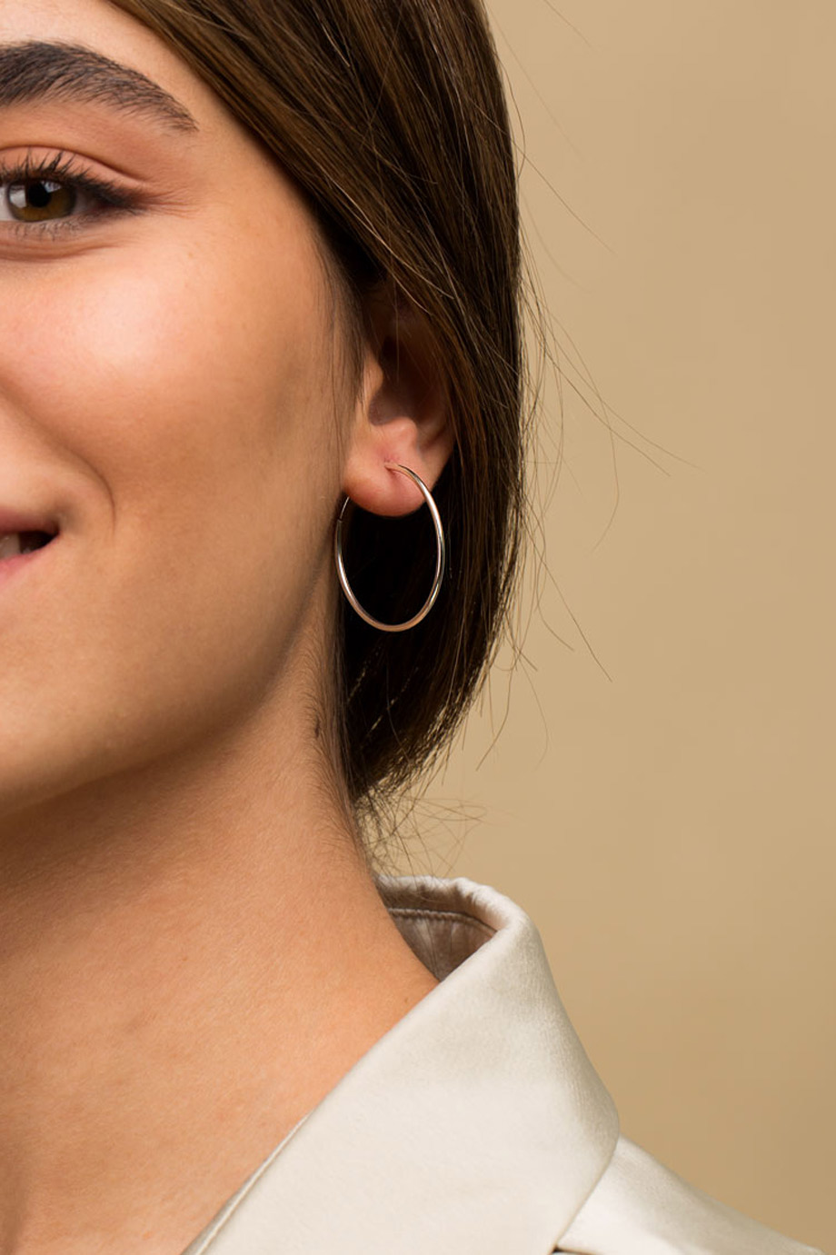 گوشواره نقره حلقه متوسط سایز 1