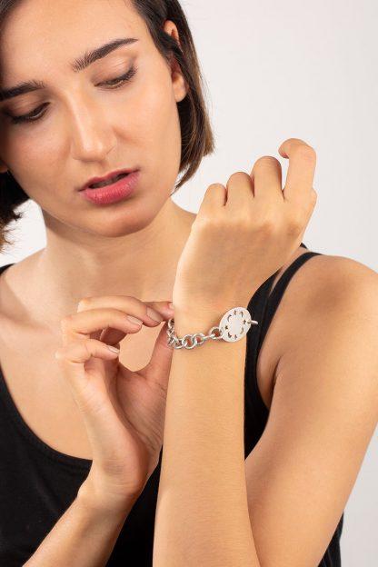دستبند نقره ماه و ستاره